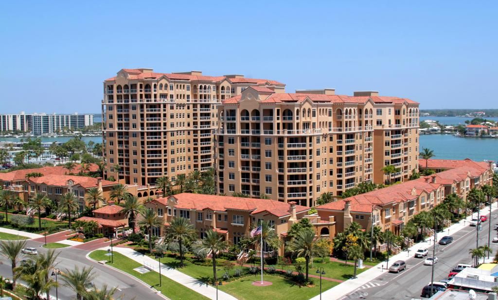 521 Mandalay Avenue 1101, Clearwater Beach, FL - USA (photo 2)